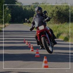 Moto, BSR et remorque à Vesoul